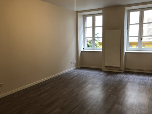 MONTBRISON-CENTRE- Appartement T1 33.64m²
